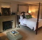 [Image: Niagara-on-the-Lake - Upper Canada Master Suite]