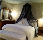 [Image: Niagara-on-the-Lake - Upper Canada Mistress Suite]